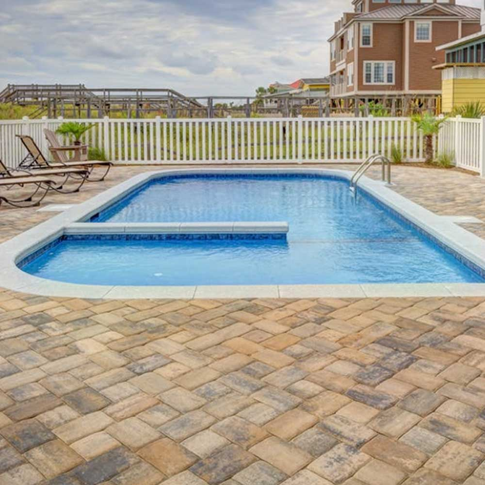 3 Tips for Selecting the Best Tile for the Swimming Pool Area