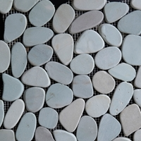 Green Sliced Stone Pebble Mosaic Tile
